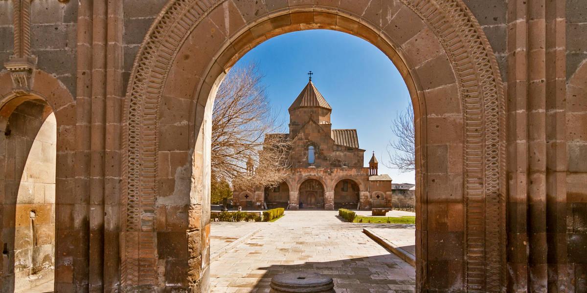 Dag 2 Jerevan - Echmiadzin - Zvartnots